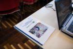le 10.02.2016 à Paris,France.  MEDWET 12e réunion du Comité des zones humidesméditerranéennes Le Ministère français de l'Ecologie est l'hôte de la 12e réunion du Comité des zones humidesméditerranéennes qui se tient à Paris du 7 au 10 Février 2016 au Palais de la Porte Dorée.La réunion rassemble des représentants de gouvernements, des organisations nationales etinternationales, et des experts de zones humides de tous les pays méditerranéens pour discuter du Cadred'action 2016-2030 intitulé «Les zones humides pour le développement durable dans la régionméditerranéenne». La Ministre Ségolène Royal clôturera la réunion et lancera officiellement le Cadred'action lors d'une cérémonie à laquelle tous les ambassadeurs des pays de la Méditerranée à la France età l'UNESCO sont invités, ainsi que des représentants des institutions françaises travaillant dans la région.