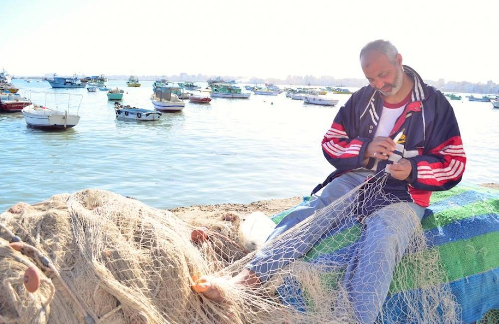 a-fisherman-in-alexandria-yara-ahmed_yourmiddleeast